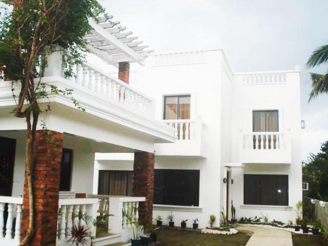 Bernardo's Hotel